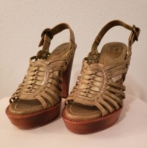 Authentic Leather FRYE Olive Green Platforms